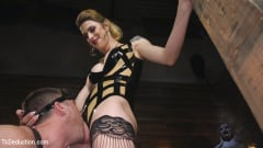 Casey Kisses - Tall Stunning TS Mistress Casey Kisses (Thumb 14)
