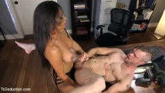 Jaquelin Braxton - Jaquelin Braxton Takes Down The Boss (Thumb 20)