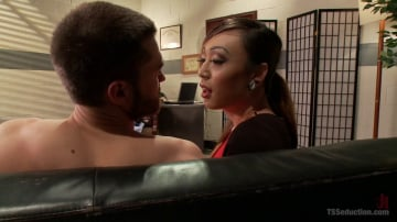 Venus Lux - Anger Management Therapy - VENUS LUX Fucks and gets Fucked!