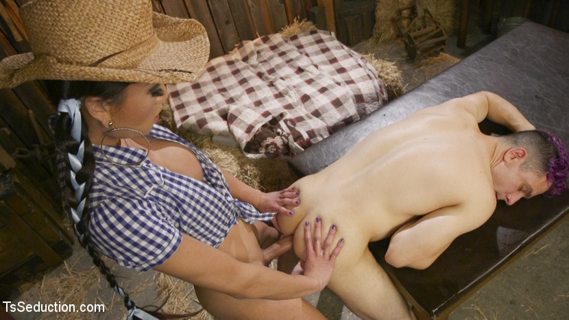 Kink TS 'Earn Your Keep: Venus Lux's Country Barn Seduction' starring Venus Lux (photo 20)