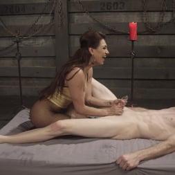 Artemis Faux in 'Kink TS' TS Mistress Jessy Dubai (Thumbnail 15)