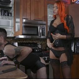 Aspen Brooks in 'Kink TS' fucks new comer Jessie Prather into domestic bliss (Thumbnail 2)