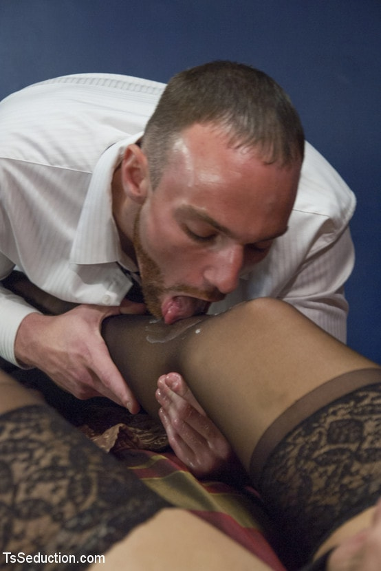 Kink TS 'Body Guard Porn: TS Aubrey Kate and Her Man' starring Aubrey Kate (Photo 3)