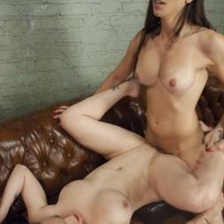 Brenda Von Tease in 'Kink TS' DEBUT PORN FOR TS BRENDA VON TEASE - She OWNS Bella Rossi's pussy (Thumbnail 10)