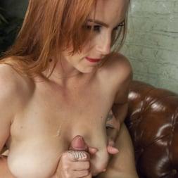 Brenda Von Tease in 'Kink TS' DEBUT PORN FOR TS BRENDA VON TEASE - She OWNS Bella Rossi's pussy (Thumbnail 15)