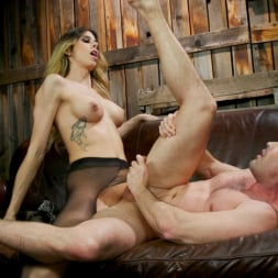 Casey Kisses in 'Kink TS' Slumlord's Comeuppance: Casey Kisses takes down creep (Thumbnail 14)