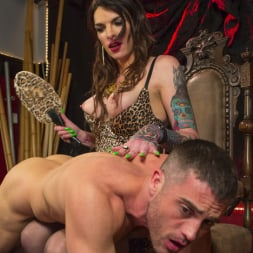 Chelsea Marie in 'Kink TS' Makes Lance Hart Work For The Cock (Thumbnail 3)