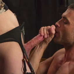 Chelsea Marie in 'Kink TS' Makes Lance Hart Work For The Cock (Thumbnail 10)