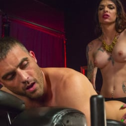 Chelsea Marie in 'Kink TS' Makes Lance Hart Work For The Cock (Thumbnail 19)