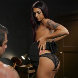 Draven Navarro in 'Kink TS' Khloe's Toy (Thumbnail 11)