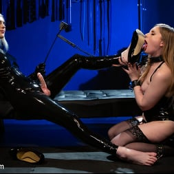 Ella Hollywood in 'Kink TS' Greedy Latex Slut: Ella Hollywood Fucks Dresden's Pussy and Ass (Thumbnail 3)