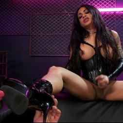 Eva Maxim in 'Kink TS' Fierce Busty Goddess Eva Maxim Fucks Man Meat Draven Navarro (Thumbnail 15)