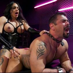 Eva Maxim in 'Kink TS' Fierce Busty Goddess Eva Maxim Fucks Man Meat Draven Navarro (Thumbnail 18)
