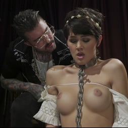 H3ll4SL00tz in 'Kink TS' Daisy's Devotion: Daisy Taylor Gives In And Gives It Up (Thumbnail 2)