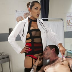 Jessica Fox in 'Kink TS' Her delicious cock is your remedy! (Thumbnail 3)