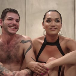 Jessica Fox in 'Kink TS' Her delicious cock is your remedy! (Thumbnail 4)