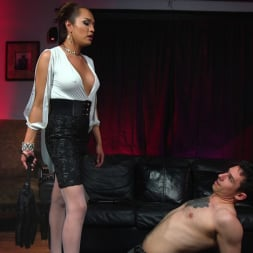 Jessica Fox in 'Kink TS' Out Foxed, Flogged, And Fucked (Thumbnail 3)
