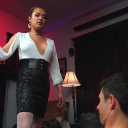 Jessica Fox in 'Kink TS' Out Foxed, Flogged, And Fucked (Thumbnail 4)