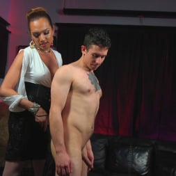 Jessica Fox in 'Kink TS' Out Foxed, Flogged, And Fucked (Thumbnail 5)