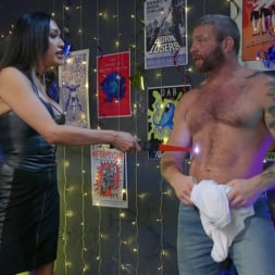 Jessica Fox in 'Kink TS' You're 86'd: Jessica Fox Fucks Muscled Troublemaker Colby Jansen (Thumbnail 2)