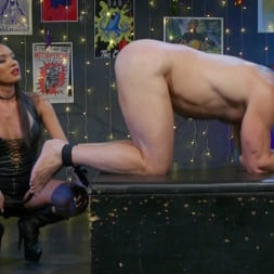 Jessica Fox in 'Kink TS' You're 86'd: Jessica Fox Fucks Muscled Troublemaker Colby Jansen (Thumbnail 4)