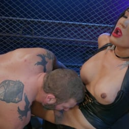 Jessica Fox in 'Kink TS' You're 86'd: Jessica Fox Fucks Muscled Troublemaker Colby Jansen (Thumbnail 9)