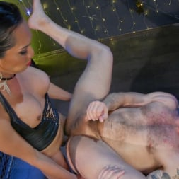 Jessica Fox in 'Kink TS' You're 86'd: Jessica Fox Fucks Muscled Troublemaker Colby Jansen (Thumbnail 21)