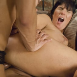 Jessy Dubai in 'Kink TS' TS Jessy Dubai seduces Rose Rhapsody into cheating on their husbands (Thumbnail 8)