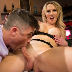 Kayleigh Coxx in 'Kink TS' Pervert Mouth: Kayleigh Coxx Catches a Peeping Tom with a Foot Fetish. (Thumbnail 7)