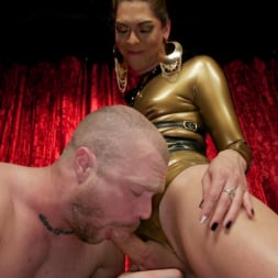 Kendra Sinclaire in 'Kink TS' Kendra Sinclaire's Holographic Love Nest (Thumbnail 6)