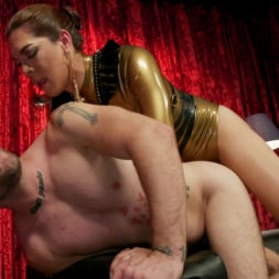 Kendra Sinclaire in 'Kink TS' Kendra Sinclaire's Holographic Love Nest (Thumbnail 17)