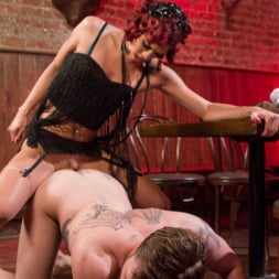 Kendra Sinclaire in 'Kink TS' demands to fuck and get fucked! (Thumbnail 4)