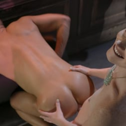 Natalie Mars in 'Kink TS' Cuckolds the World: TS Star pounds slave, delivers JOI (Thumbnail 3)