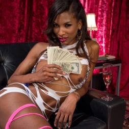 Natassia Dreams in 'Kink TS' gives lap dance of the century with her hungry cock! (Thumbnail 14)