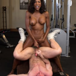 Natassia Dreams in 'Kink TS' pumps her cock deep into muscle boys hungry asshole! (Thumbnail 19)