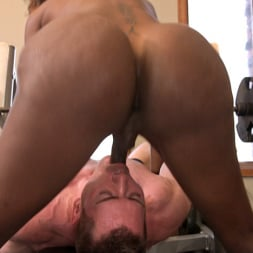 Natassia Dreams in 'Kink TS' pumps her cock deep into muscle boys hungry asshole! (Thumbnail 30)
