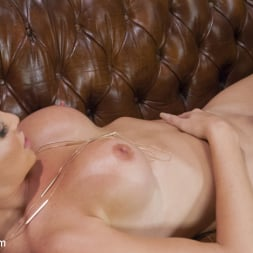 Penny Barber in 'Kink TS' take Anal from beautiful TS Jonelle Brooks (Thumbnail 15)