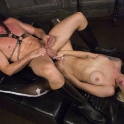 Pierce Paris in 'Kink TS' Sister Aubrey Kate Punishes Priest Pierce Paris (Thumbnail 25)