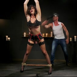 Pierce Paris in 'Kink TS' Southern Sass: Kendall Penny Submits for the First Time! (Thumbnail 4)