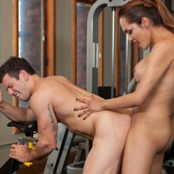 Reed Jameson in 'Kink TS' Gym Bunny Gives Horny Voyeur What He Deserves (Thumbnail 7)