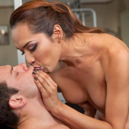 Reed Jameson in 'Kink TS' Gym Bunny Gives Horny Voyeur What He Deserves (Thumbnail 14)
