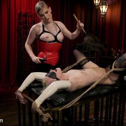 Roxxie Moth in 'Kink TS' The Filthy Maid: Roxxie Moth Disciplines Incompetent Arielle Aquinas (Thumbnail 5)
