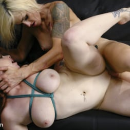 Sami Price in 'Kink TS' and Bella Rossi collide in the ultimate sex fight championship (Thumbnail 6)