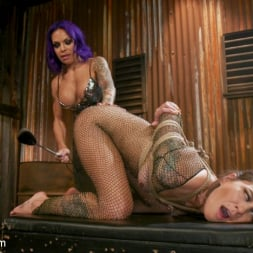 TS Foxxy in 'Kink TS' And Kacie Castle's Back-Alley Butt Fuck (Thumbnail 6)