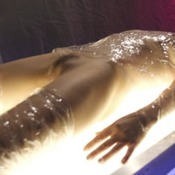 TS Foxxy in 'Kink TS' gives Cytherea squirting orgasms that are out of this world (Thumbnail 2)