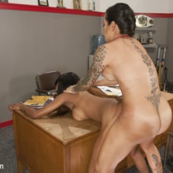 TS Foxxy in 'Kink TS' Video of Caramel Starr Taking Cock goes Viral! (Thumbnail 2)