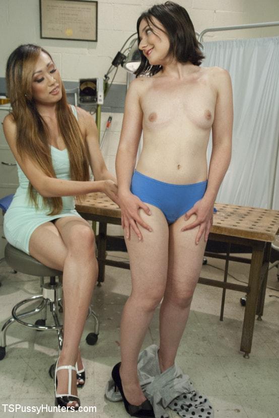 Kink TS 'Plastic Surgeon Seduction - Venus Feels UP her Patient!' starring Venus Lux (Photo 2)