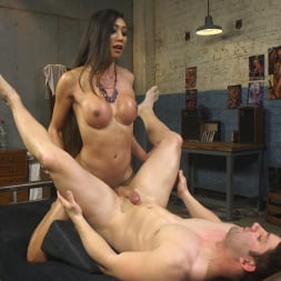 Venus Lux in 'Kink TS' Takes Down The Building Manager (Thumbnail 8)