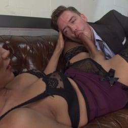 Yasmin Lee in 'Kink TS' Devastatingly Gorgeous Secretary Punishes Sexist Boss Pig! (Thumbnail 12)